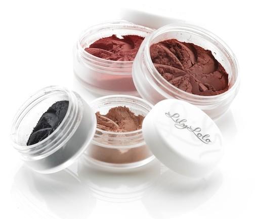 kosmetyki-do-makijazu-sypka-konsystencja